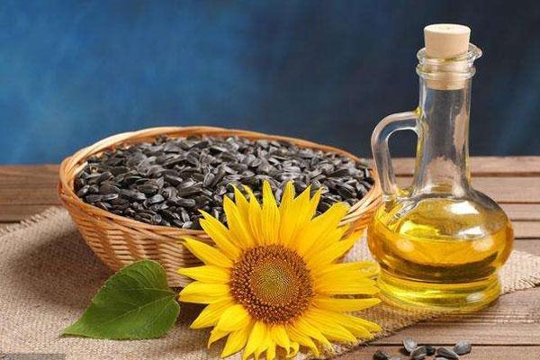 食用油:怎样减少厨房油烟